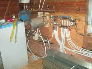 трубы отопления в частном доме фото